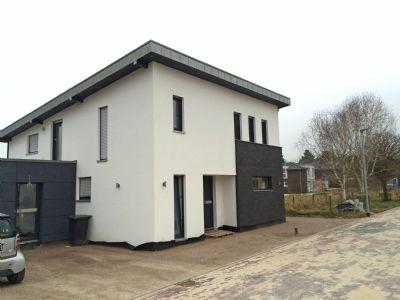 individuelles pultdach einfamilienhaus einfamilienhaus goch 256ls4g. Black Bedroom Furniture Sets. Home Design Ideas