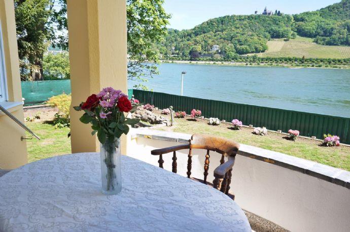 Wunderschöne und außergewöhnliche Villa direkt an der Rheinpromenade