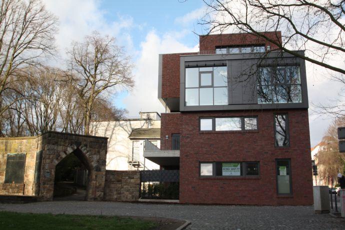 Exklusive Neubauwohnung mit geräumiger Terrasse in direkter Altstadtlage zu vermieten!