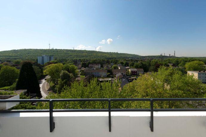 Genießen Sie die Aussicht - top sanierte 3-ZW + Loggia - Turmhäuser Grevenbroich!