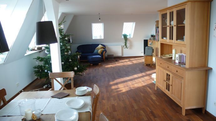 Exklusive Penthouse-Wohnung über den Dächern Donauwörths