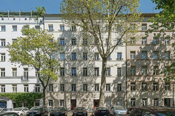 drei Zimmer Wohnung am Arkonaplatz mit Einbauküche