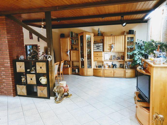 120 m² WOHNGENUSS!!! GEMÜTLICHE 3 - 4 ZKB ALTBAUWOHNUNG MIT SONNIGEM BALKON!!