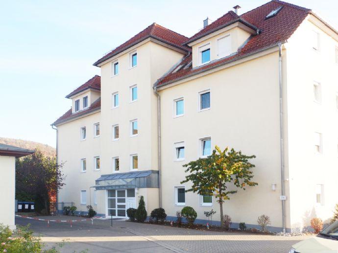 +++76 m² + 47 m² +++ Barrierefreie 3,5 Zi. Whg mit multiplen Nutzungsmöglichkeiten über 2 Ebenen (123 m²) inkl. Stellplatz und EBK!
