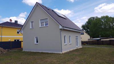 **Nutzen Sie das Baukindergeld** Einfamilienhaus mit Satteldach