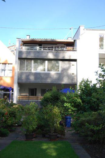 Bonn-Beuel, Rheinaustrasse direkt am Rhein wohnen mit Dachterrasse  Garten  Doppelgarage!