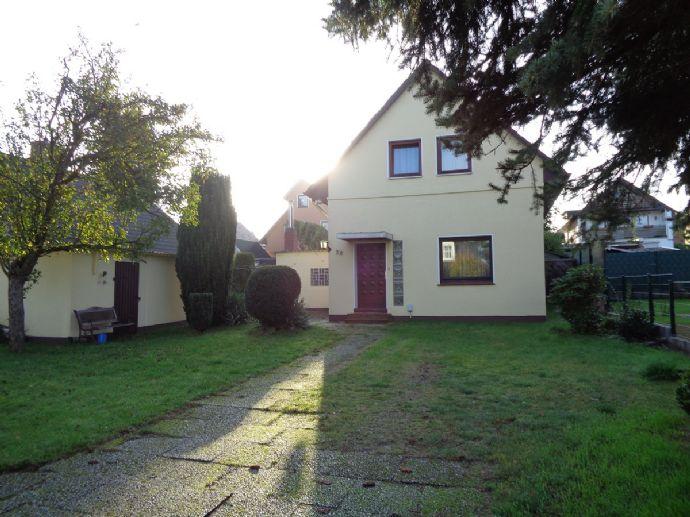 Einfamilienhaus in Bremen-Grohn (ruhiger Wohnlage)