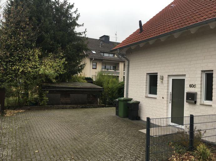 Neuwertige Doppelhaushälfte (barrierefrei) - Willkommen im neuen Zuhause!