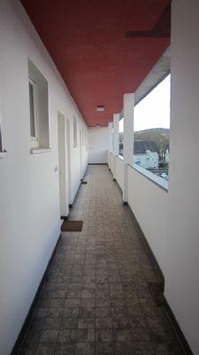 Laubengang mit Zugang zur Wohnung