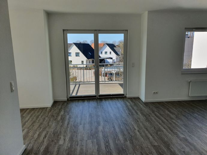 Melsdorf: Gepflegte Wohnung mit 2 Balkonen!