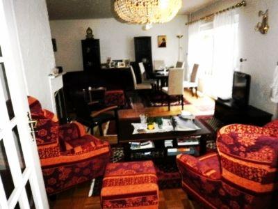 Blick v. Esszi. ins Wohnzimmer