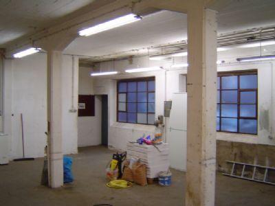 Werkstatt mit Kellerabgang