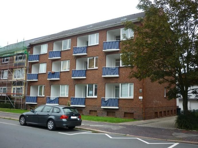 1 Zimmer Wohnung mit Balkon, frei nach Vereinbarung