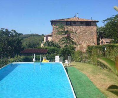 Ferienwohnung im Landhaus mit Pool nahe Siena
