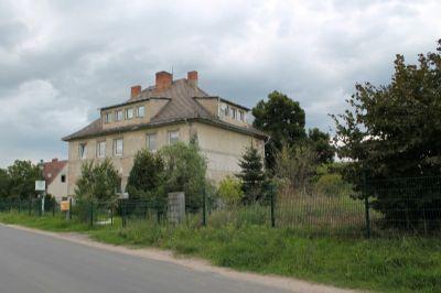Villa Seitenansicht