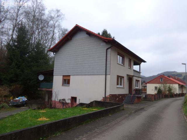 Komplett renoviertes frei stehendes 1 Familienhaus