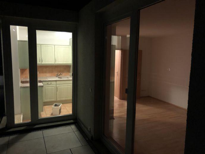 ruhige sonnige Wohnung mit Dachterrasse inkl. Parkblick in Weimar zur Miete
