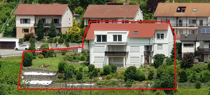 Große Wohnung über 2 Etagen mit großem Garten in traumhafter Aussichtslage auf dem Lammerberg in Albstadt-Tailfingen