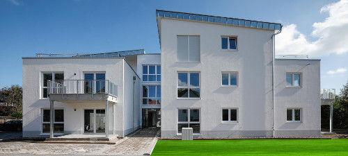 EG-Wohnung im Herzen von Elze, 3 Zi, mit Aufzug und Terrasse