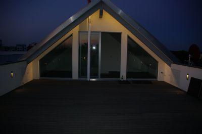 Abendstimmung auf der 50 qm Terrasse