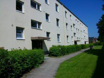 gepflegte 3 zimmer wohnung mit balkon in gadeland we6 etagenwohnung neum nster 2fdw44h. Black Bedroom Furniture Sets. Home Design Ideas