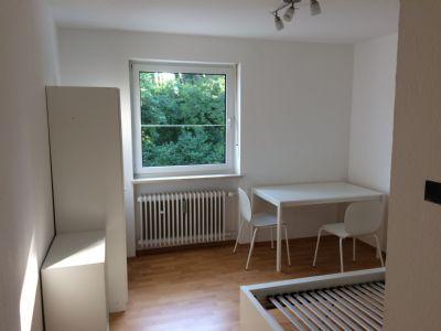 Möbliertes helles 1-Zi.Apartment in 4-Familienhaus Waldtrudering, In der Heuluss