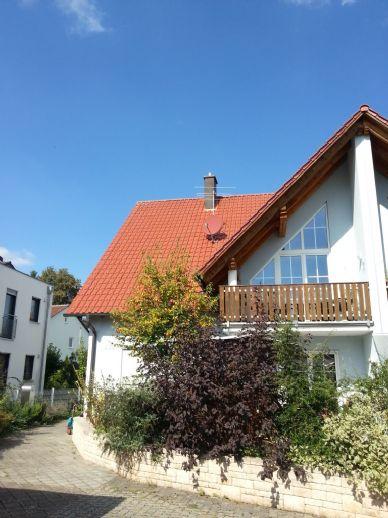 Exklusive Galerie-Wohnung auf 2 Etagen + Balkon in Hilpoltstein-Hofstetten + Keller 34 m² beheizbar