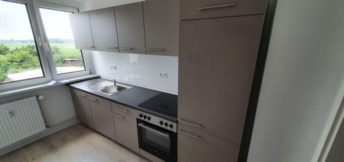 KÜCHE GESCHENKT!!! MODERNE 3-Raum Wohnung  mit eigenem GARTENANTEIL