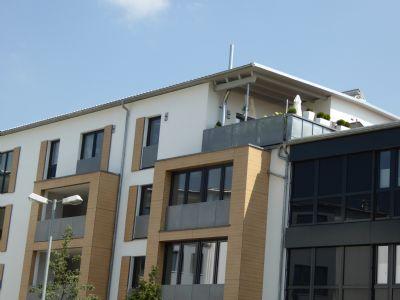 provisionsfrei lichtdurchflutete exklusive penthousewohnung in trostberg k nigshof. Black Bedroom Furniture Sets. Home Design Ideas