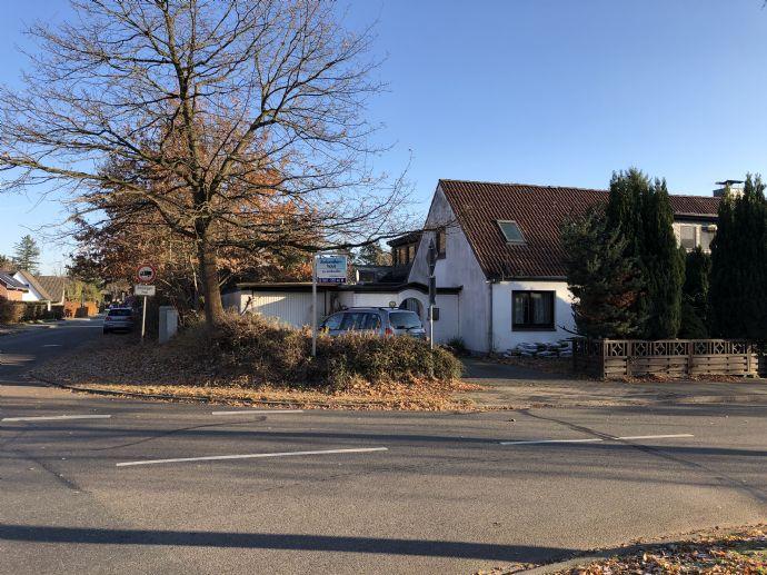Doppelhaushälfte mit Garage und Wintergarten in ruhiger Lage von Quickborn