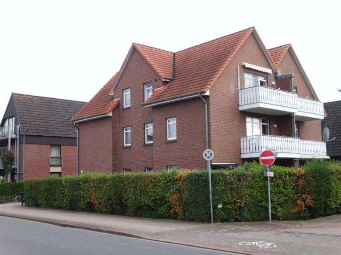 Delmenhorst - Stickgras - gemütliche 2 Zi. im DG mit Sonnenbalkon - Einbauküche - Keller
