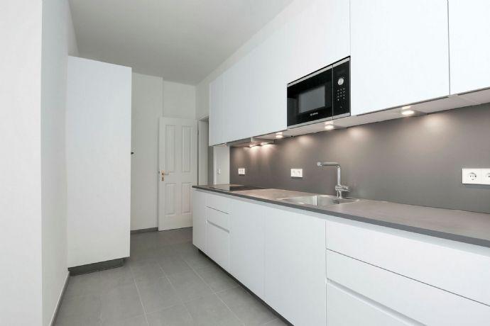 2 Zimmerwohnung mit Einbauküche und Balkon