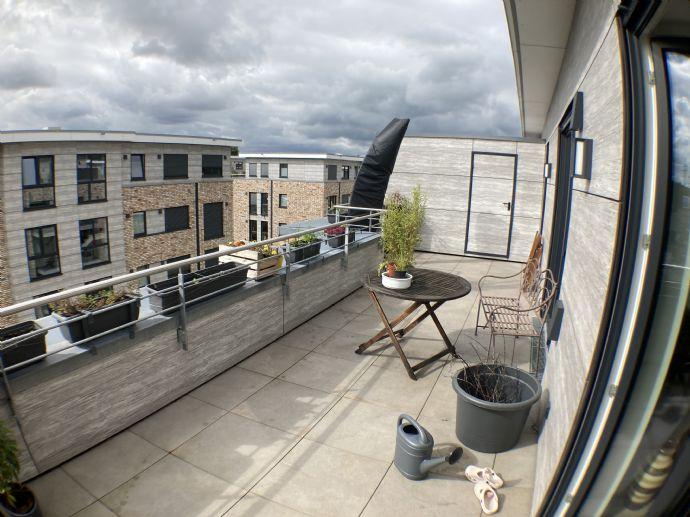 Wunderschöne 3-Zimmer-Wohnung mit riesiger Terrasse