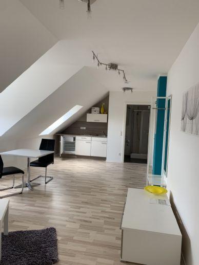 Stadtgrenze Möblierte 1-Zimmer Wohnung - perfekt für Singles