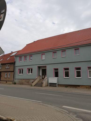 Schöne helle Zwei-Raum-Wohnung in Tüttleben