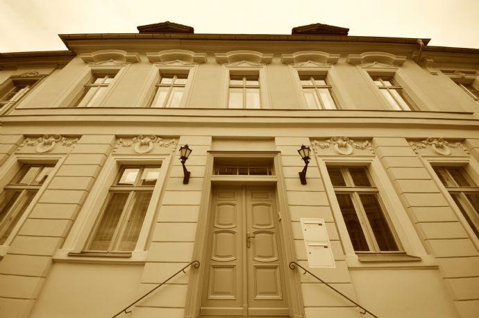Wundervolle RARITÄT! Barocke Stadtvilla - liebevoll saniert!