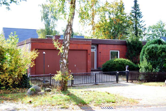 Original Bungalow aus den 60er Jahren, 140 m² Wohnfläche, ca. 1.000m² Grundstück.