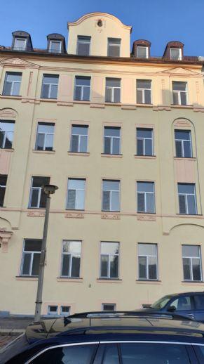 Saniertes Mehrfamilienhaus wartet auf neuen Eigentümer