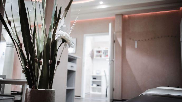 Repräsentative Praxis/Büroräume/Wohnung in der Altstadt + 2 Stellplätze