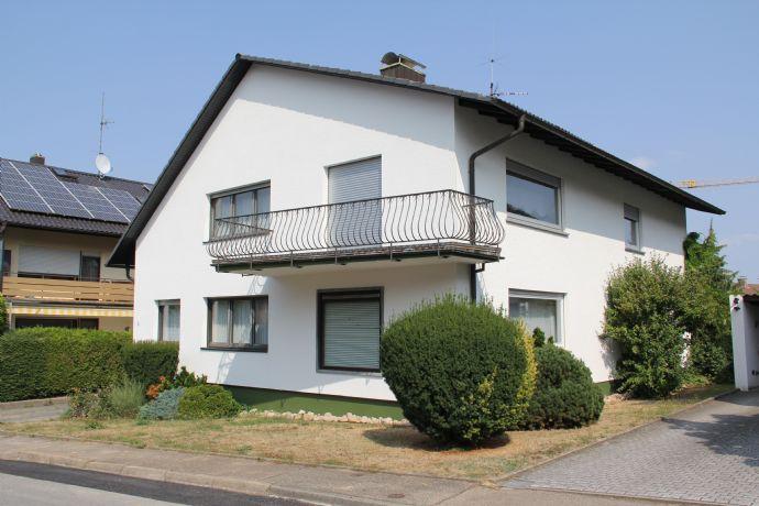 Großzügiges Wohnhaus in Langensteinbach mit über 270 m²