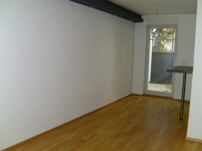 Bild 6  Wohnraum mit Küche