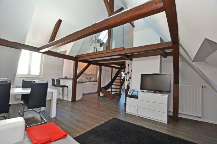 Einmalige Dachgeschosswohnung im Herzen Augsburgs
