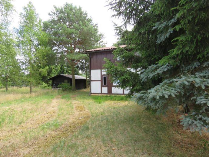 Ein kleines Paradies***Großes Grundstück in Waldrandlage + Wohnhaus und Ferienbungalow Ideal für Aus