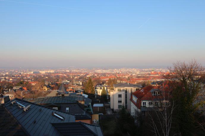 Dresden-Plauen 2 Raum -DG am Hang mit herrlichem Fernblick über die Stadt