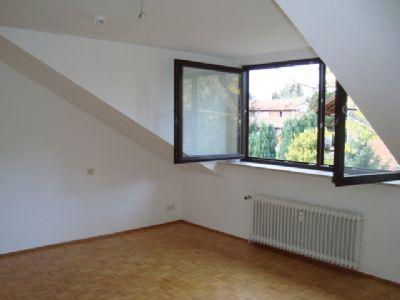 gro z gige helle 2 5 zimmer dg wohnung f r zwei etagenwohnung eschborn taunus 2dcdq49. Black Bedroom Furniture Sets. Home Design Ideas