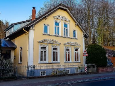 Zweifamilienhaus mit traumhaftem Terrassengarten