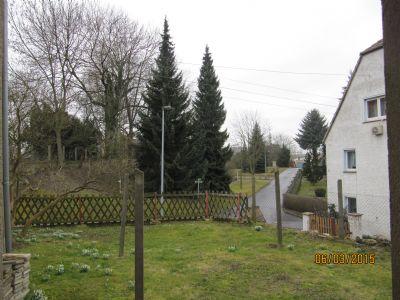 Blick v. Hausgarten i. d Ortschaft