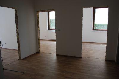 barrierefreie 2 zimmer wohnung mit g ste wc aufzug und stellplatz nr 3 etagenwohnung. Black Bedroom Furniture Sets. Home Design Ideas