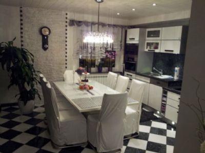 Luxuriöse 5-Zimmer-Terrassenwohnung mit Balkon, EBK, 1 Garage und 2 Stellplätzen in Egelsbach