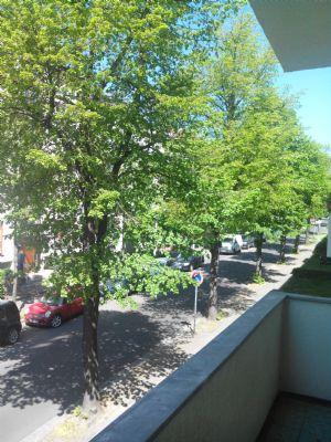 auenwald natur gleich um die ecke hochparterre sonniger balkon offene k che wannenbad. Black Bedroom Furniture Sets. Home Design Ideas